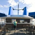 Zeus deck: outdoor bar