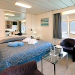 'XG' Deluxe outside cabin with double bed on the 'Apollo' deck