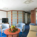 'SB' Outside Suite with small balcony: the sitting area