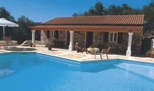 Delphini Villa in Paxi
