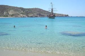 Ios: Pikri Nero beach
