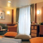 'SB' Balcony Suite