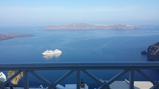 Santorini: view of the Caldera