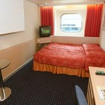 Outside Superior cabin (G): 1 double bed and 1 upper bunk